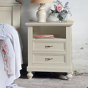 Colore:Bianco CLP Comodino Camera da Letto Bianco Fiona in Legno Design Shabby I Tavolino da Notte con 2 Cassetti