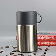 Lunch box isolato thermos alimentare con