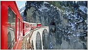 Red Train Going Through The Cave Puzzle 300 Pezzi