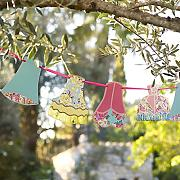 Truly Scrumptious Summer Garden Party Festone
